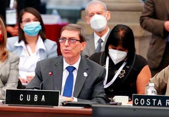 Cuba denuncia bloqueo de EEUU en reunión de cancilleres