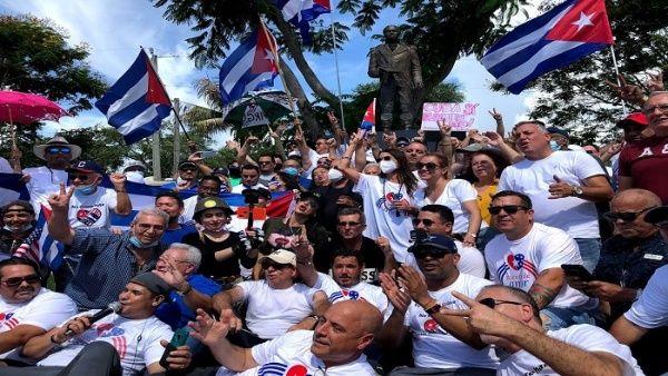 Caminata contra bloqueo de EE.UU. a Cuba llega a Washington Washington. TELESUR
