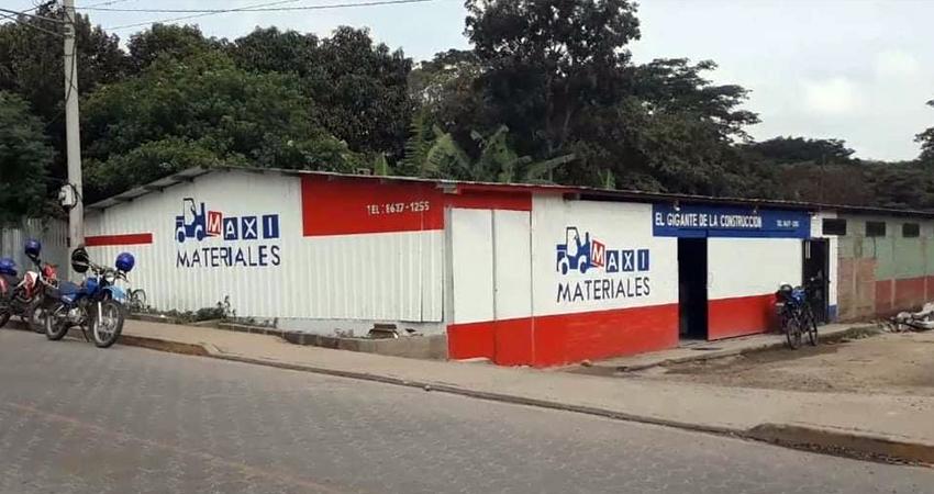 Delincuentes roban en una ferretería en Condega Managua. Radio La Primerísima
