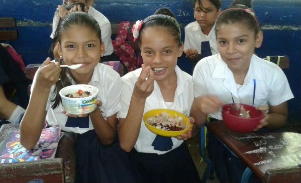 MINED realizará tercer envío de la Merienda Escolar Managua. Radio La Primerísima