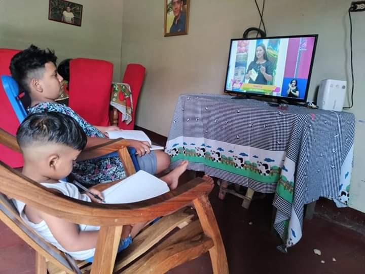Presentan plan de estudio de teleclases Managua. Radio La Primerísima