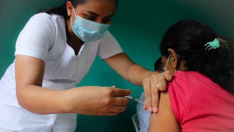 Continúa primera dosis contra el COVID en Managua Managua. Radio La Primerísima