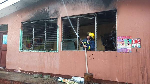 Sofocan incendio en la alcaldía de San Miguelito Managua. Radio La Primerísima