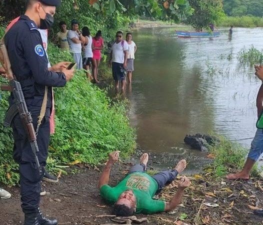 Hombre muere ahogado al enredarse en redes de pescar Managua. Radio La Primerísima