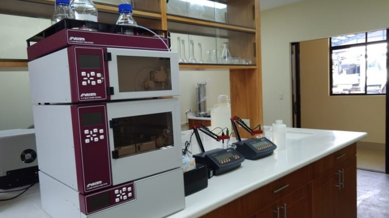 Instalan moderno laboratorio para monitorear calidad del agua Managua. Radio La Primerísima