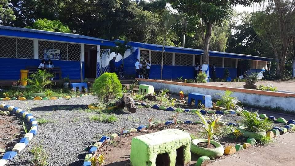 Remodelan el Instituto Nacional Santa Teresa Por: Manuel Aguilar/Carazo