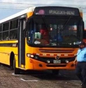Anciana muere al ser atropellada por bus Managua. Radio La Primerísima
