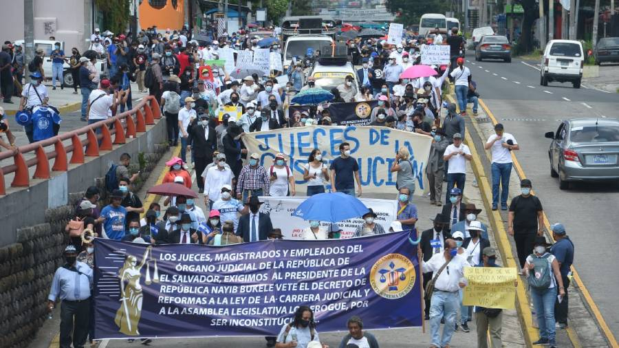 Exigen a EE.UU revisar TLC con El Salvador San Salvador. Agencias