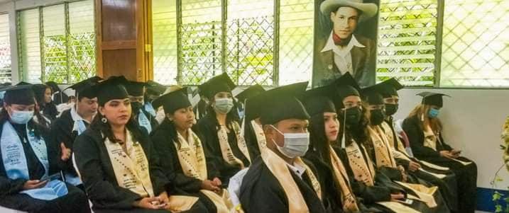 Segovianos se gradúan en cursos técnicos Managua. Radio La Primerísima