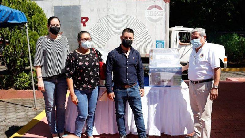SINAPRED entrega equipos informáticos a CODES del Pacífico y Centro Managua. Radio La Primerísima