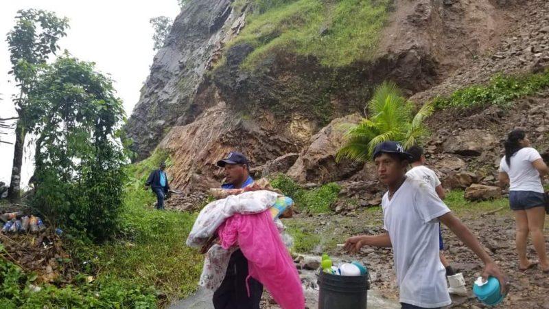 Reubican a familias que habitan a orillas del cerro El Rama Managua. Wiston López/Radio La Primerísima