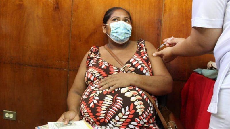 Prosigue vacunación de embarazadas, puérperas y lactantes Managua. Radio La Primerísima
