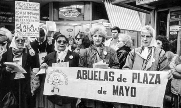 Argentinos rinden homenaje a Abuelas de Plaza de Mayo Buenos Aires. Prensa Latina