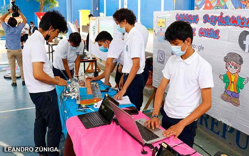 Estudiantes exhiben habilidades en Feria Tecnológica Managua. Radio La Primerísima