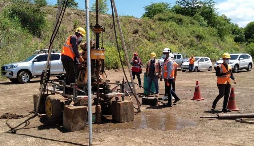 Edificarán un hospital de alta tecnología Nagarote Managua. Radio La Primerísima