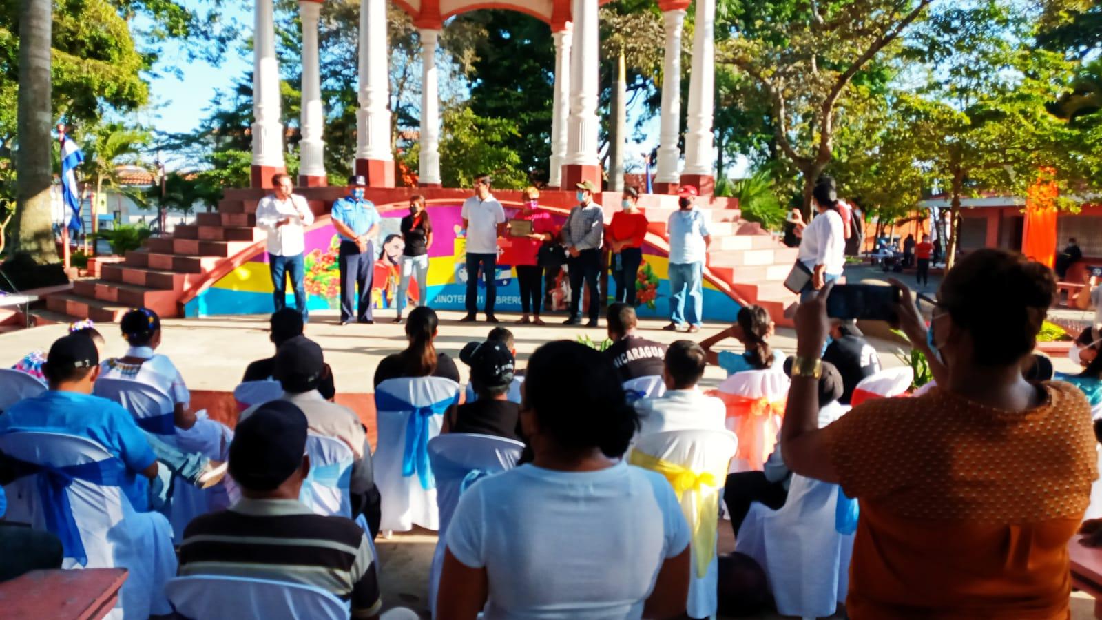 """""""El parque mejor cuidado y limpio"""" está en Jinotepe Managua. Manuel Aguilar/Radio La Primerísima"""