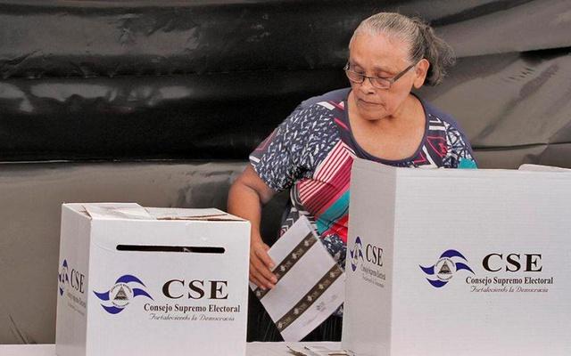 Elecciones pacíficas sin intervencionismo Managua. Radio La Primerísima